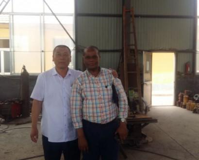 黎巴嫩客户来厂订购设备